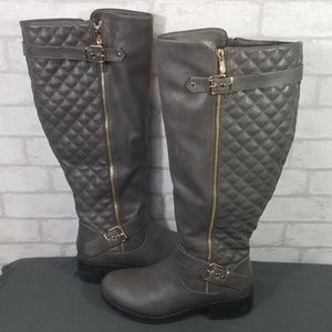 Dream pairs gray boots size 8